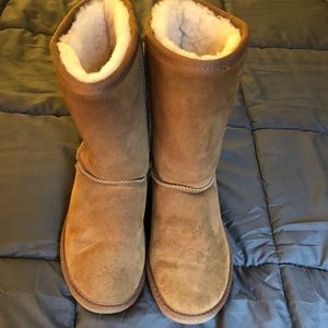 Minnetonka Brown Boots, Size 9, Barely Used